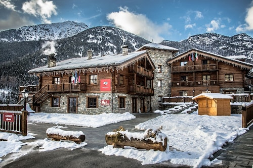 . Park Hotel Mont Avic