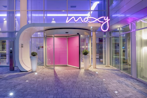 __{offers.Best_flights}__ MOXY Milan Malpensa Airport