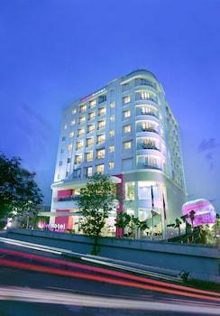 Hotel - favehotel Puri Indah Jakarta