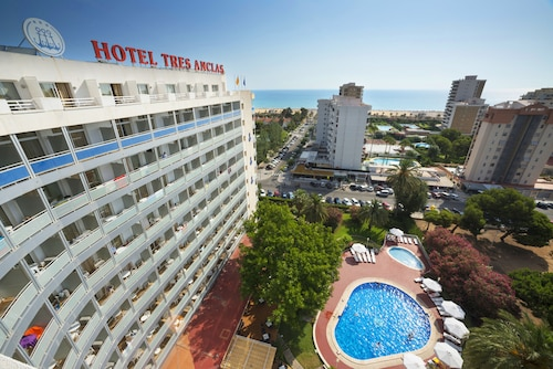 . Hotel Tres Anclas
