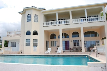 Hotel - Celebrity Villa Jamaica