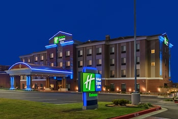 Holiday Inn Express & Suites Glenpool-Tulsa South photo