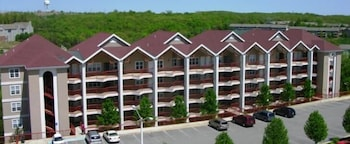 Hotel - Grand Crowne Resort by Capital Vacations