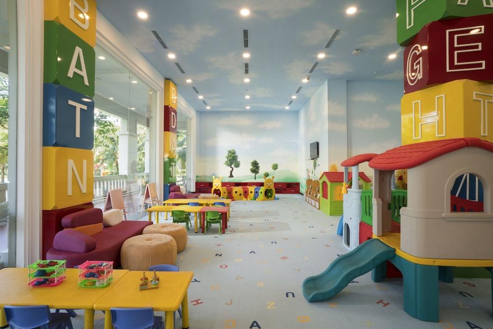 호텔이미지_어린이 놀이 공간 – 실내