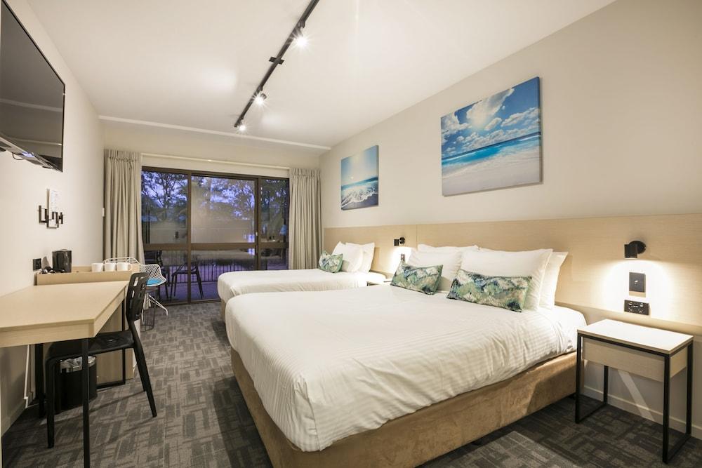 Nightcap at Kawana Waters Hotel, Caloundra - Kawana