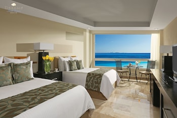 Preferred Club Ocean Front Double Beds
