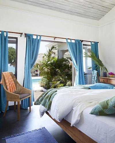 Calabash Bay Four Bedroom Villa,