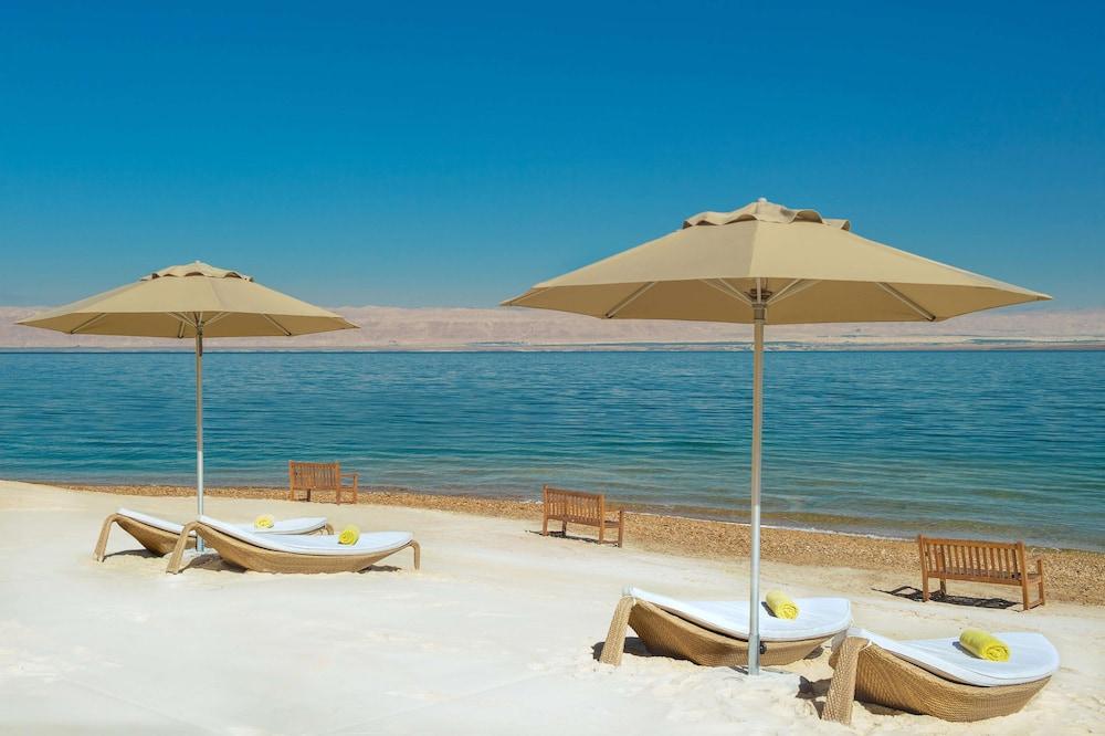 https://i.travelapi.com/hotels/9000000/8410000/8402000/8401907/930da959_z.jpg