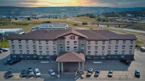 . Best Western Plus Peace River Hotel & Suites