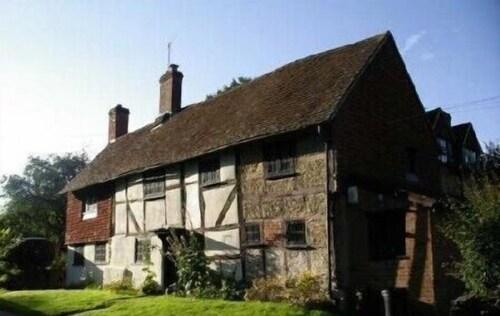 Lockhurst Hatch Farm, Surrey