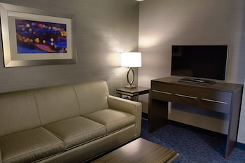 Executive Suite, 1 King Bed with Sofa bed, Non Smoking