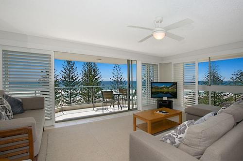 Solnamara Beachfront Apartments, Burleigh Heads