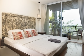 Bang Pa-in Place - Guestroom  - #0