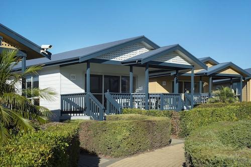 West Beach Parks Resort, West Torrens - West