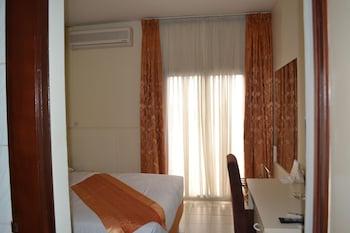 曼塞爾酒店