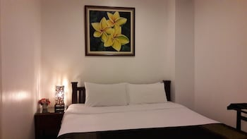 Smile Society Boutique Hostel - Guestroom  - #0