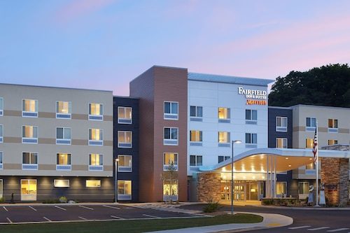 . Fairfield Inn & Suites Springfield Northampton/Amherst