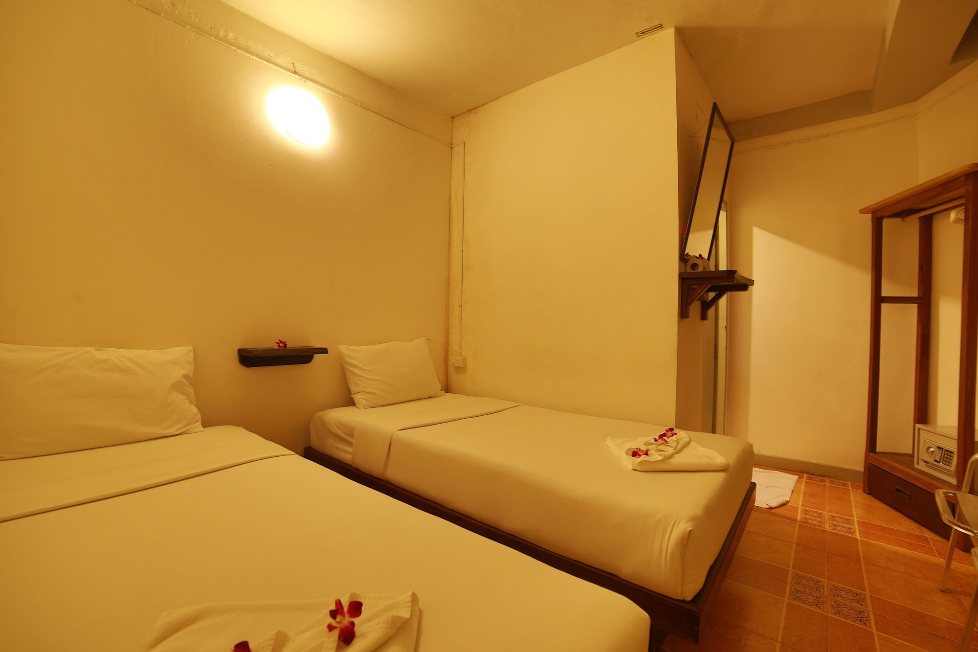 Relax Guest House, Pulau Phuket