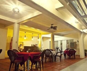 Danao Coco Palms Resort Cebu Dining