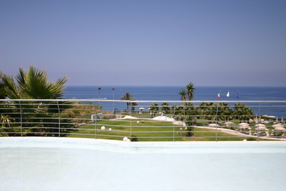 Infinity Resort & Spa, Featured Image