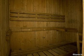 Regency Grand Suites Manila Sauna