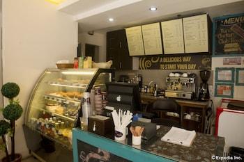 Regency Grand Suites Manila Cafe