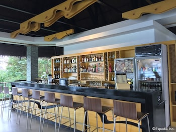 Panglao Island Nature Resort & Spa Hotel Bar