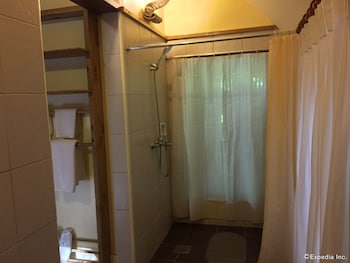 Panglao Island Nature Resort & Spa Bathroom Shower
