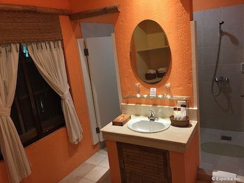 Panglao Island Nature Resort & Spa Bathroom Sink