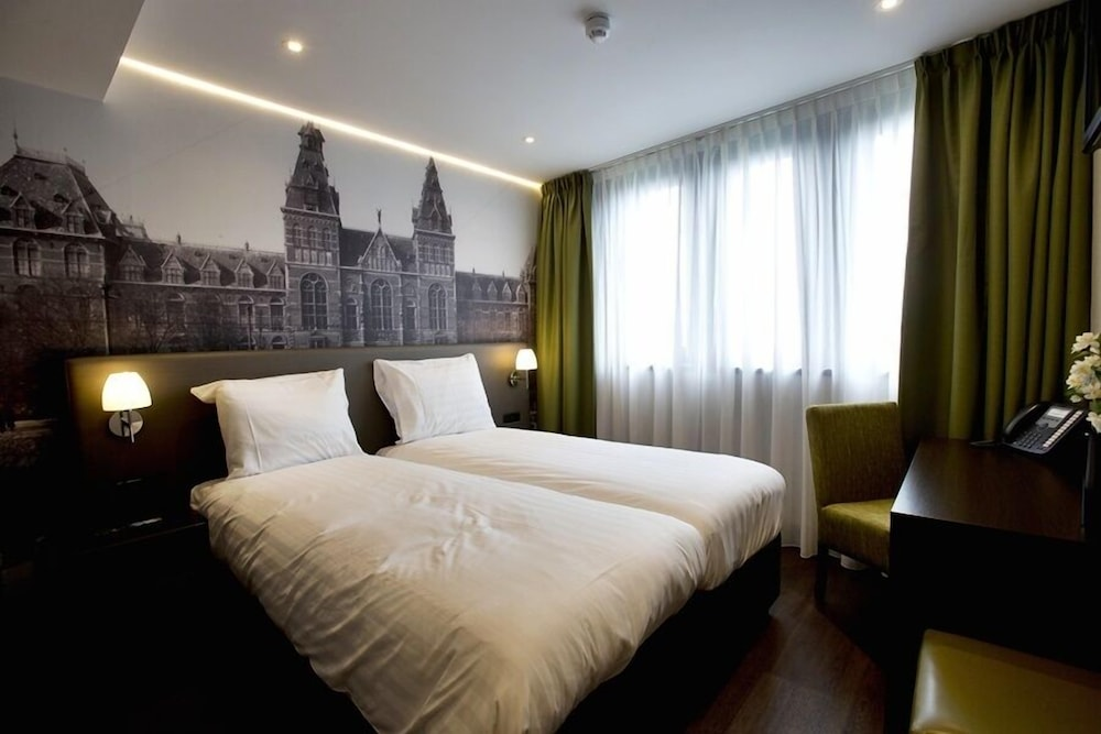 Royal Amsterdam Hotel, Featured Image