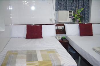 HotelCanadian Hostel