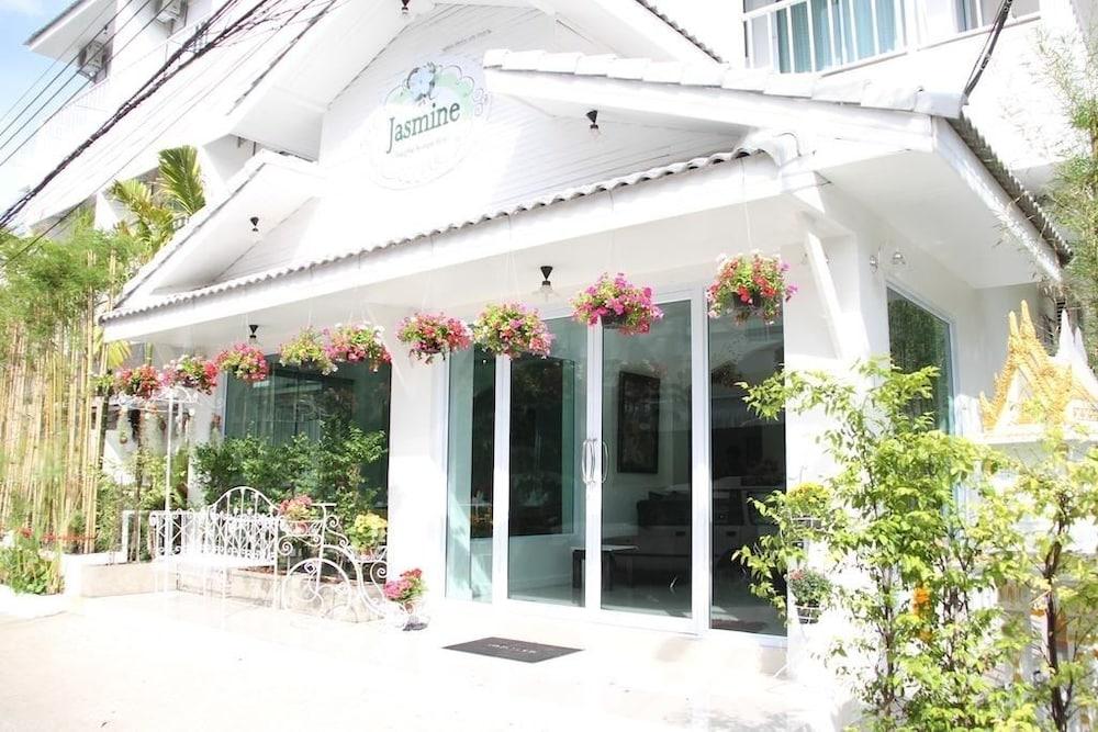 ジャスミン チェンマイ ブティック ホテル