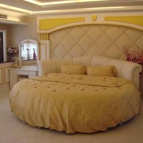 Yibin Yinlong Rongzhou Hotel, Yibin