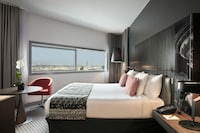 PREMIUM ROOM WITH TOUR EIFFEL VIEW