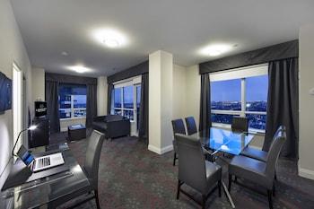Luxury Suite, 2 Bedrooms, City View