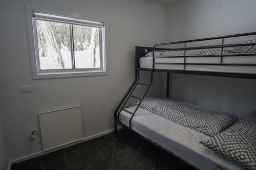 Amber Lodge Mt Buller - Hostel,Mt. Buller Ski Slopes