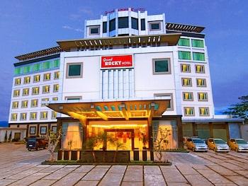 Hotel - Grand Rocky Hotel