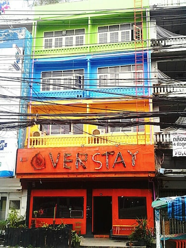 The Overstay Hostel, Bang Plad