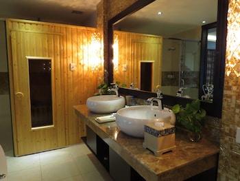 The Mira Hotel - Bathroom  - #0