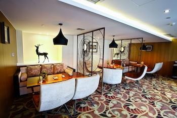 Chengdu Celebrity Upper Class Hotel - Restaurant  - #0