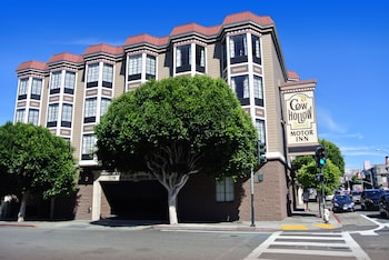 Hotel - Cow Hollow Inn