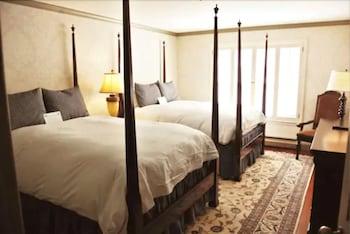 1 Bedroom Suite, 2 Double Beds