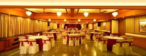 Riviera Suites, Ernakulam