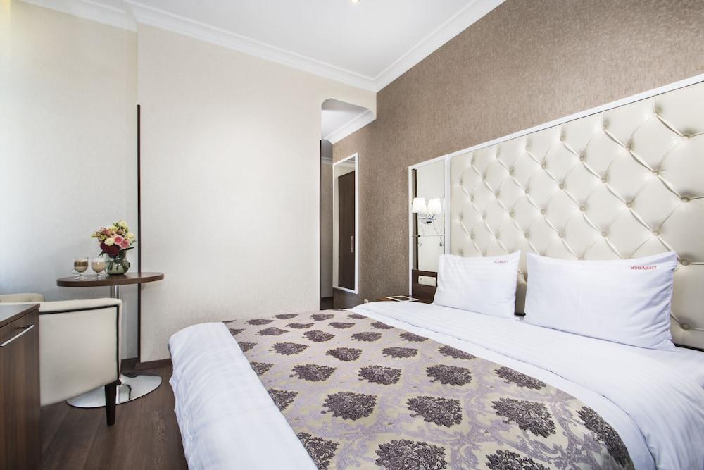 Отель BonApart