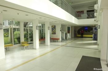 Microtel by Wyndham UP Techno Hub Interior Entrance