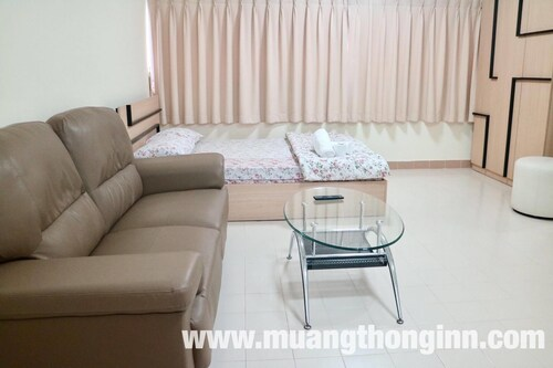Muangthong Inn, Pak Kret