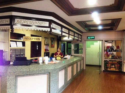 Siam Star Hotel, Ratchathewi