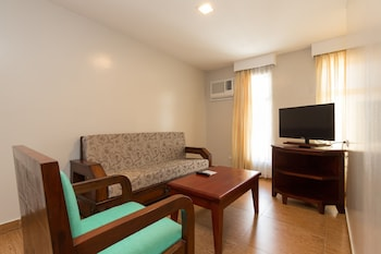Mj Hotel & Suites Cebu Living Room