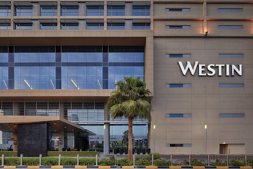 . The Westin City Centre Bahrain