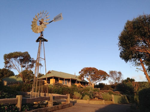 Daysy Hill Country Cottages, Corangamite - South